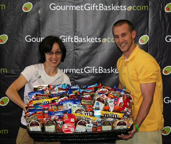 GourmetGiftBaskets.com gives back