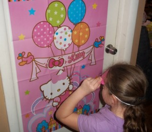 Hello Kitty Birthday Game