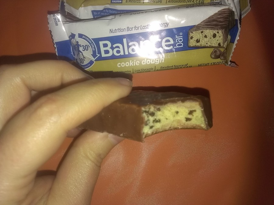 Celebrate National Chocolate Chip Cookie Day With Balance Bars! #Giveaway